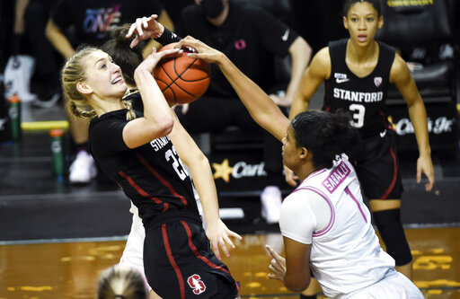 Williams lifts No. 6 Stanford over No. 13 Oregon 63-61