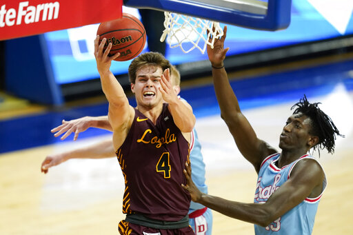 No. 22 Loyola Chicago races past Drake, 81-54