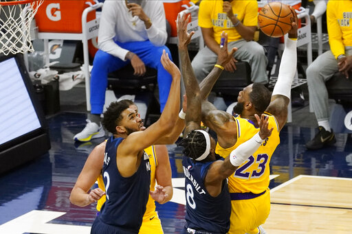 James, Lakers, minus Davis, fend off Timberwolves 112-104