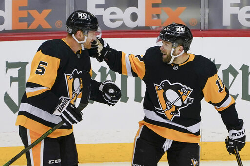 Rust scores twice, Penguins pull away from Capitals 6-3