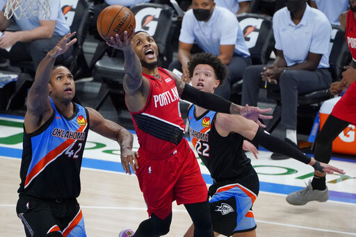 Lillard scores 31 as Trail Blazers top Thunder 115-104
