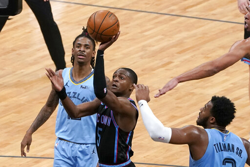 Valanciunas records double-double; Grizzlies beat Kings