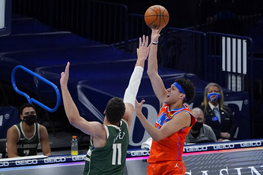 Thunder overcome Antetokounmpo's triple-double, top Bucks