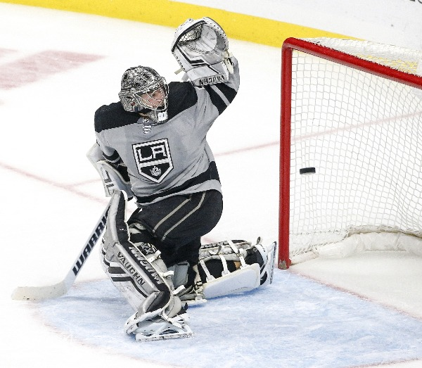 San Jose Sharks Host Los Angeles Kings Monday